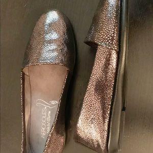 AEROSOLES Stitch N Turn metallic loafers 7.5